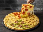 チーズ盛り盛り、ドミノの「ウルトラチーズ」がトッピングも盛り盛りに