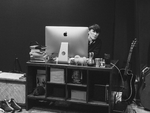 アップル新「Macの向こうから」サカナクション山口一郎氏も登場するキャンペーンスタート