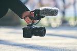 ソニー、映画制作向け技術を搭載したフルサイズ4K動画カメラ「FX3」