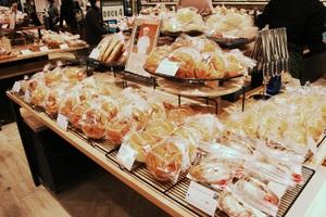 【連載】国内最大級のデパ地下がついに完成! 約40ブランド・約500種類のパンを集めたコーナー誕生