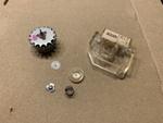 数十年モノのパタパタ時計 モーターがひどいことになっていたので清掃しました