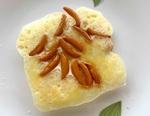 テッパンの「柿の種」をさらにおいしく食べる方法 家にあったスライスチーズや粉チーズでアレンジしてみた