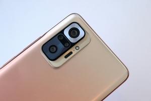 コスパがすごいが5G非対応の「Redmi Note 10 Pro」は買いなのか