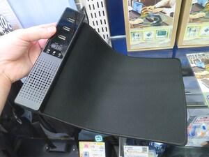 USBハブやマウスパッドが合体する便利で多機能なスピーカーフォンが2980円