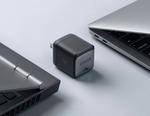 Anker、独自技術「GaN ll」採用の小型ACアダプター開発 約4cm四方/68gで45W充電に対応