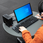 """""""自分専用""""マシンに! テレワークやウマ娘にも最適な小型PC「mini Regulus II AR3」はおうち時間のヒーロー"""