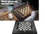 駒が自動で動く! 世界中のプレーヤーと対局できる! スマートチェス盤「Square Off - Black Edition SQF-GKS-B21」