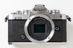 ニコンがレトロデザインのミラーレスカメラ「Z fc」を発表 = ダイヤル操作が楽しくて新レンズも登場