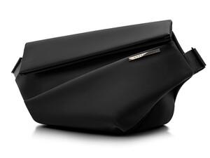 クラウドファンディングで大人気だったバッグ「niid R1 Sling Bag」