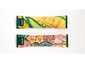 アーティストの佐々木卓也さんがデザインしたオリジナルパッケージのスティック食品「ZENB STICK」、7月29日から数量限定で販売