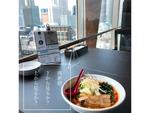 【連載/コスパと贅沢 vol.3】 「西新宿、下から見るか?上から見るか? 」-上から絶景ランチを楽しもう-