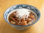 煮干しの名店「中華そば 児ノ木」が動物系スープを使ったホルモンラーメンに挑む!